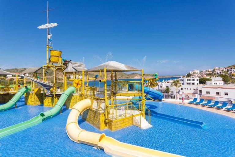 Hotel con parque acuático en menorca