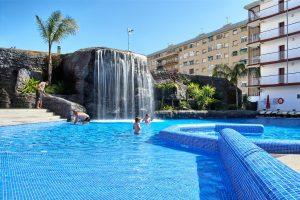 Hotel con toboganes en barcelona