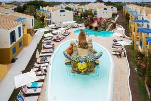 Hotel con toboganes en menorca