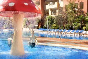 H10 mediterranean hoteles con toboganes en salou 2018 for Hoteles en salou con piscina