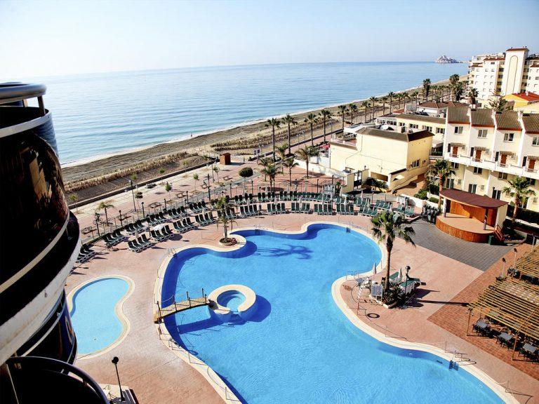 piscina de hotel para niños