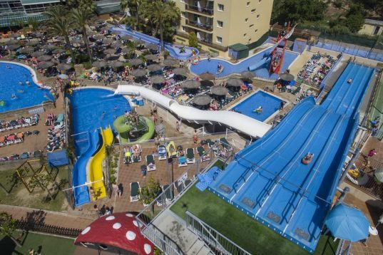 Hotel con toboganes en Lloret de Mar