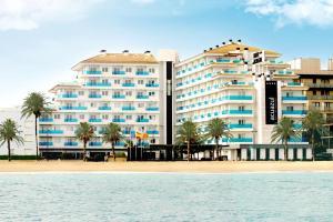 Divertido hotel con toboganes en Castellon