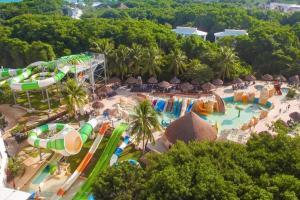 Hotel con toboganes Cancún