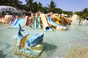 resort con toboganes de cancun