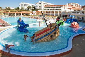 Hotel con toboganes en Algarve