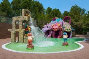 buen hotel con atracciones acuáticas para niños en Mallorca