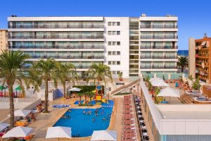 hotel-familiar-e1554096930325.jpg