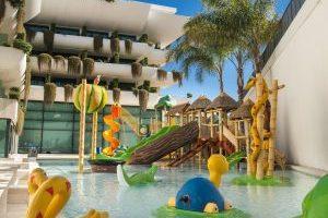 Hotel con toboganes en Alicante